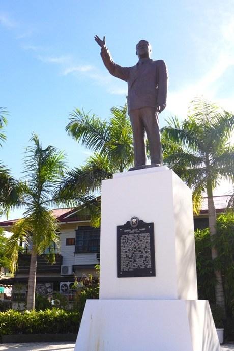 President Manuel A. Roxas Monument